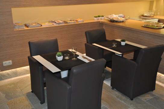 wellness center aquadroom project stoffen lederen zitmeubelen jori. Black Bedroom Furniture Sets. Home Design Ideas