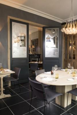 brasserie daefnis project stoffen lederen zitmeubelen jori. Black Bedroom Furniture Sets. Home Design Ideas