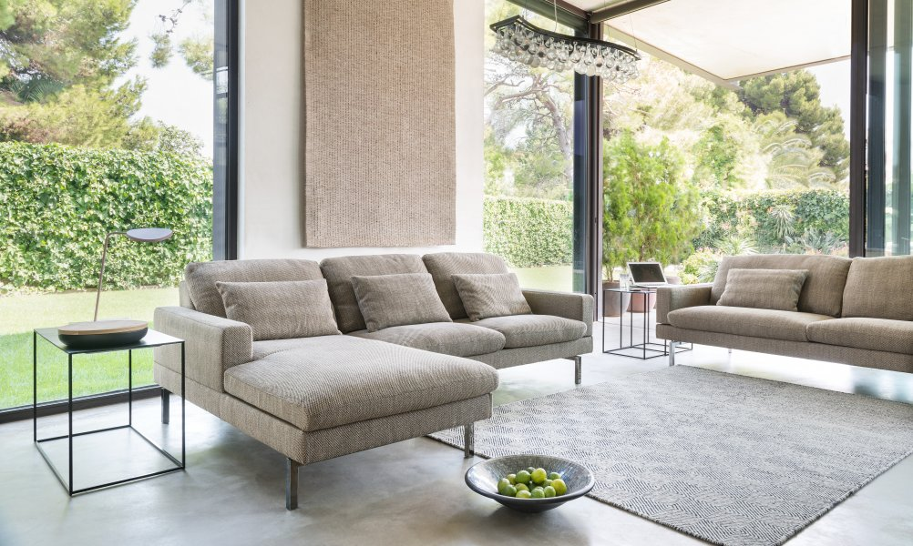 Tigra Open base | Sofas | Product | Möbel aus Stoff & Leder | JORI